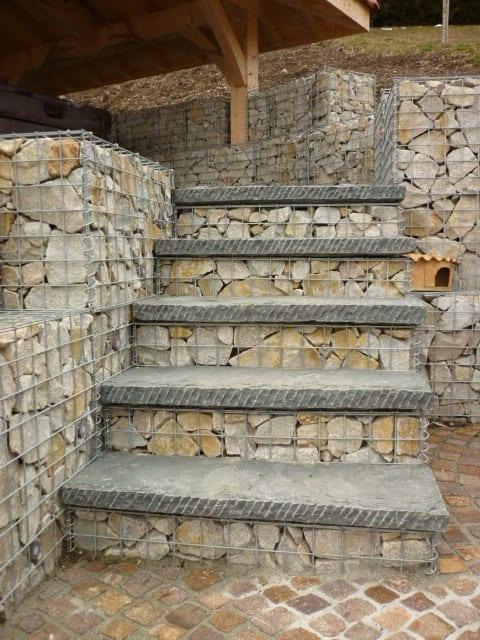 Escalier en gabion